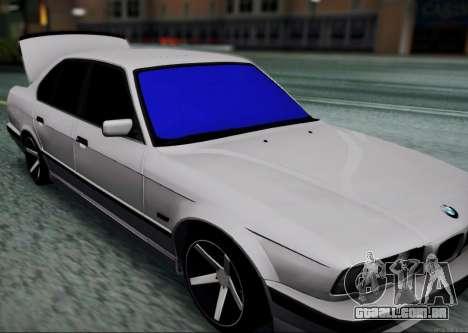 BMW 520i E34 para GTA San Andreas traseira esquerda vista