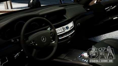 Mercedes-Benz S65 W221 AMG v1.3 para GTA 4 vista lateral