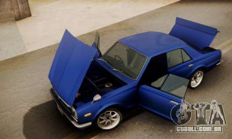 Nissan Skyline GC10 2000GT para GTA San Andreas vista direita