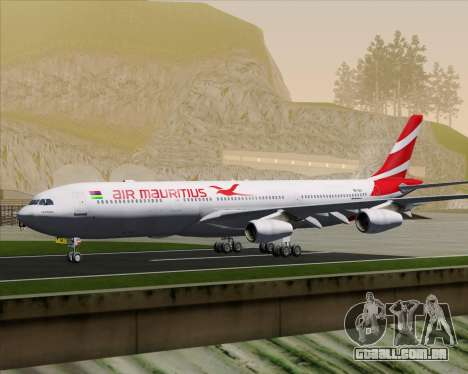 Airbus A340-312 Air Mauritius para GTA San Andreas vista inferior