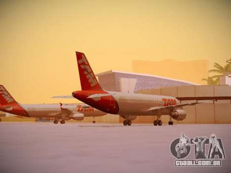 Airbus A320-214 TAM Airlines para GTA San Andreas vista direita