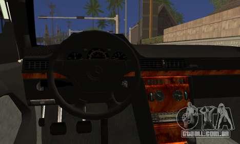 Mercedes-Benz C124 para GTA San Andreas traseira esquerda vista