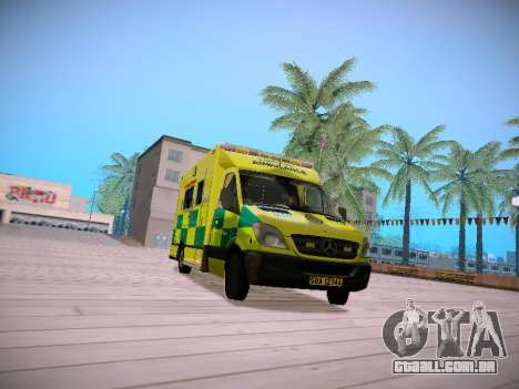 Mercedes-Benz Sprinter London Ambulance para GTA San Andreas esquerda vista