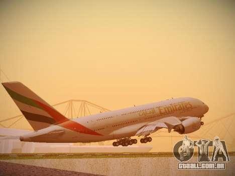 Airbus A380-800 Emirates para GTA San Andreas vista direita
