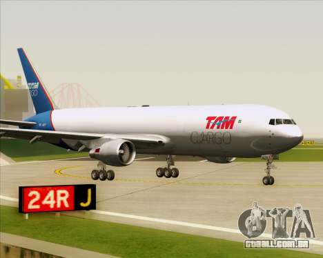 Boeing 767-300ER F TAM Cargo para GTA San Andreas esquerda vista