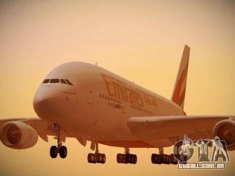 Airbus A380-800 Emirates para GTA San Andreas esquerda vista