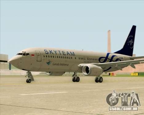 Boeing 737-86N Garuda Indonesia para GTA San Andreas vista direita