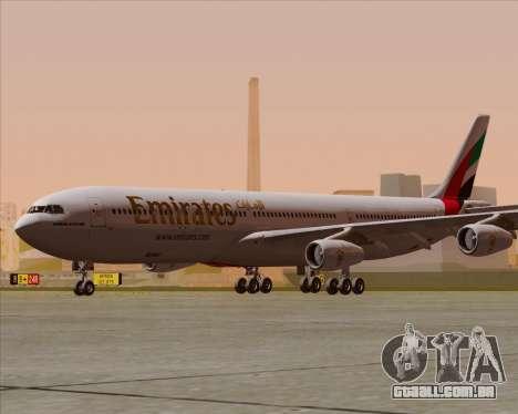 Airbus A340-313 Emirates para GTA San Andreas traseira esquerda vista