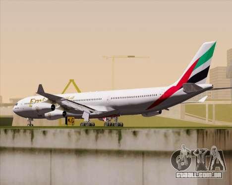 Airbus A340-313 Emirates para GTA San Andreas vista direita