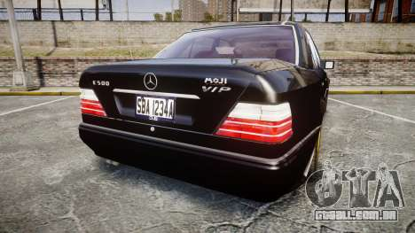 Mercedes-Benz E500 1998 Tuned Wheel Gold para GTA 4 traseira esquerda vista