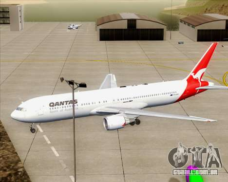 Boeing 767-300ER Qantas (Old Colors) para o motor de GTA San Andreas