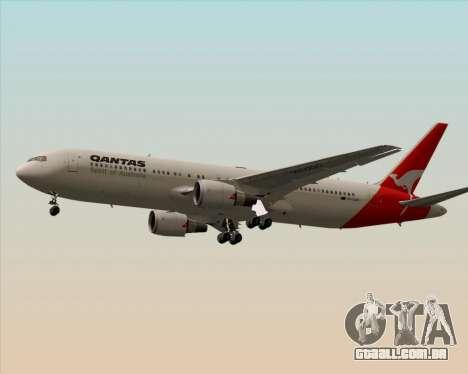 Boeing 767-300ER Qantas (Old Colors) para GTA San Andreas traseira esquerda vista