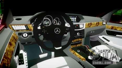 Mercedes-Benz W211 E55 AMG para GTA 4 vista de volta