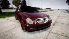 Mercedes-Benz W211 E55 AMG