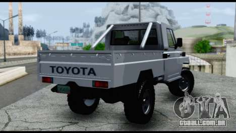 Toyota Land Cruiser Macho Pick-Up 2007 4.500 para GTA San Andreas esquerda vista