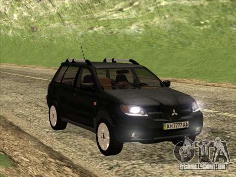 Mitsubishi Outlander para GTA San Andreas vista interior