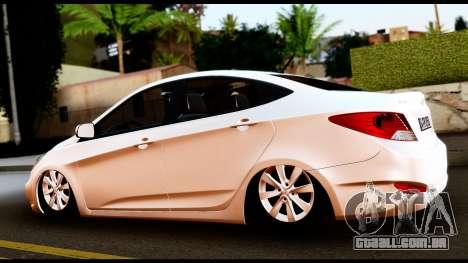 Hyundai Accent Blue para GTA San Andreas esquerda vista