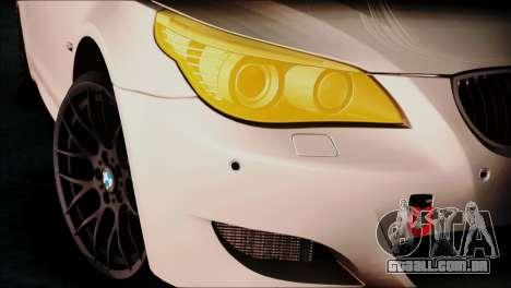 BMW M5 E60 para GTA San Andreas traseira esquerda vista