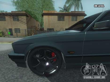 BMW 525 E34 Tune para GTA San Andreas traseira esquerda vista