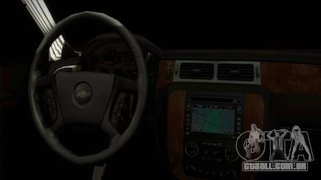 Chevrolet Suburban Plateada para GTA San Andreas vista direita