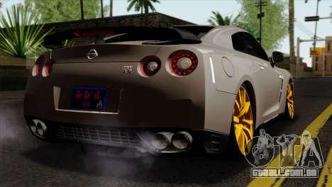 Nissan GT-R R35 2012 para GTA San Andreas esquerda vista