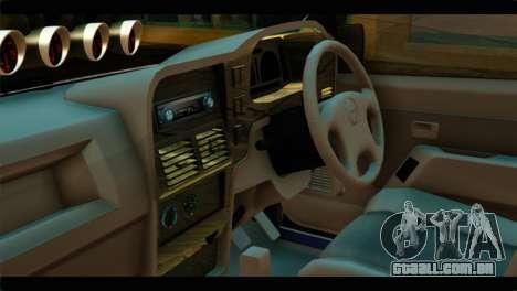 Isuzu Dragon para GTA San Andreas vista direita