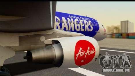 Airbus A320-200 AirAsia Queens Park Rangers para GTA San Andreas vista direita