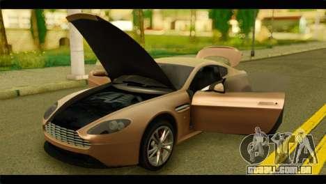 Aston Martin V12 Vantage para GTA San Andreas vista traseira