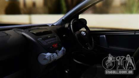 Toyota Aygo Sporting para GTA San Andreas vista direita