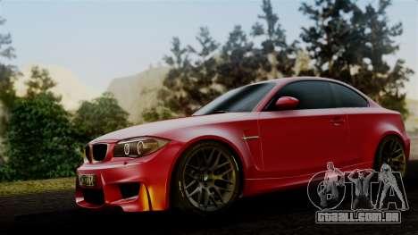 BMW 1M E82 v2 para GTA San Andreas traseira esquerda vista