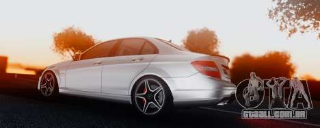 Mercedes-Benz C63 AMG 2013 para vista lateral GTA San Andreas