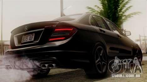 Mercedes-Benz C63 AMG 2015 Edition One para GTA San Andreas esquerda vista
