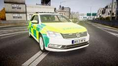 Volkswagen Passat B7 North West Ambulance [ELS] para GTA 4