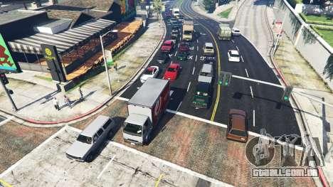 Realista, enchendo as ruas e estradas 8GBRAM para GTA 5