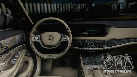Mercedes-Benz S500 W222 para GTA San Andreas traseira esquerda vista