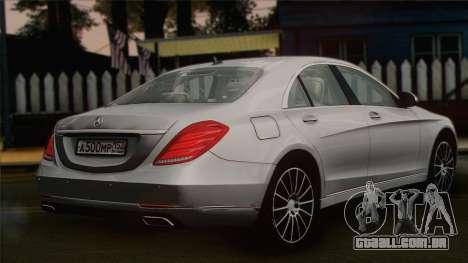 Mercedes-Benz S500 W222 para GTA San Andreas esquerda vista