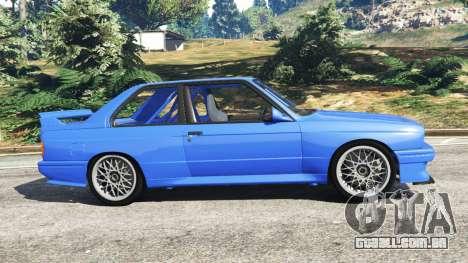 GTA 5 BMW M3 (E30) 1991 vista lateral esquerda