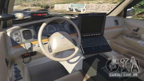 GTA 5 Ford Crown Victoria 1999 Police v1.0 traseira direita vista lateral