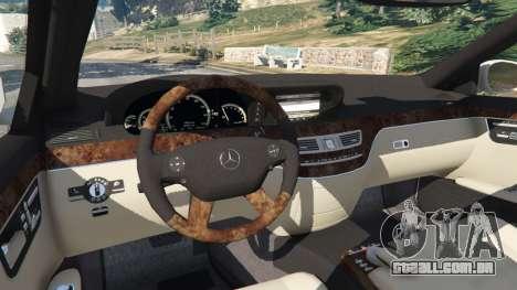 GTA 5 Mercedes-Benz S550 W221 v0.5 [Alpha] traseira direita vista lateral