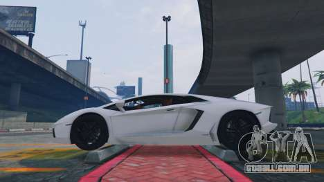 GTA 5 Realistic suspension for all cars  v1.6 quarto screenshot