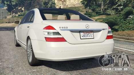 GTA 5 Mercedes-Benz S550 W221 v0.5 [Alpha] traseira vista lateral esquerda