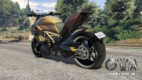 GTA 5 Ducati Diavel Carbon 11 v1.1 traseira vista lateral esquerda