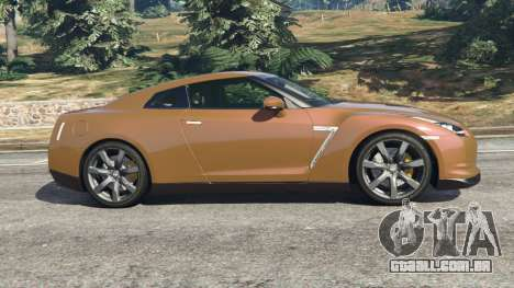 GTA 5 Nissan GT-R (R35) vista lateral esquerda