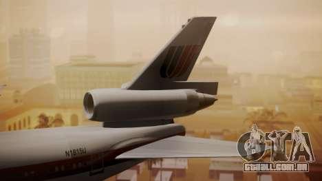 DC-10-10 United Airlines (80s Livery) para GTA San Andreas traseira esquerda vista