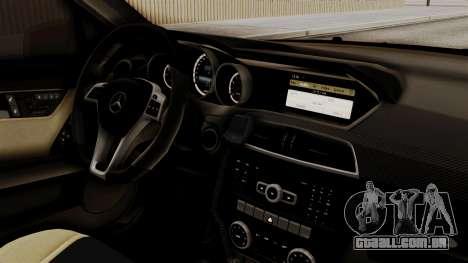 Mercedes-Benz C63 AMG STSI o Ministério de Assun para GTA San Andreas vista direita