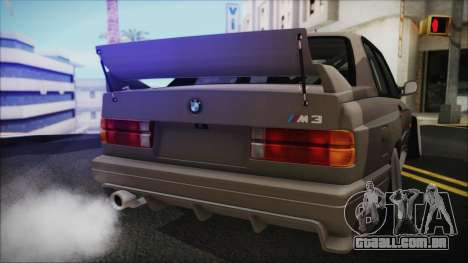 BMW M3 E30 Camber para GTA San Andreas vista direita