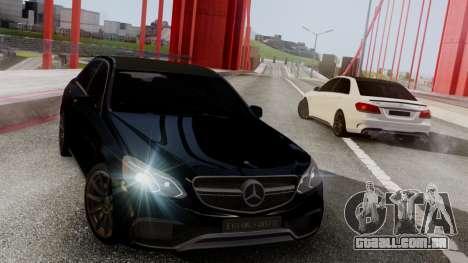 Mercedes-Benz E63 AMG PML Edition para GTA San Andreas esquerda vista