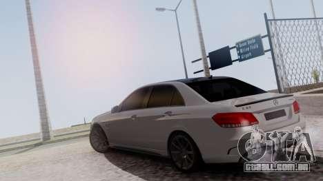 Mercedes-Benz E63 AMG PML Edition para GTA San Andreas vista traseira