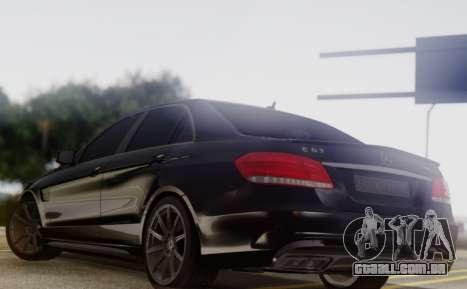 Mercedes-Benz E63 AMG PML Edition para GTA San Andreas traseira esquerda vista