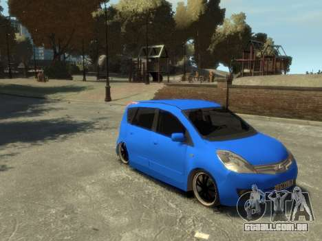 Nissan Note para GTA 4 vista interior